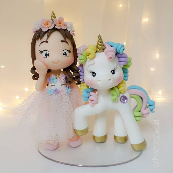 Topo de bolo personalizado para festa de unicórnio