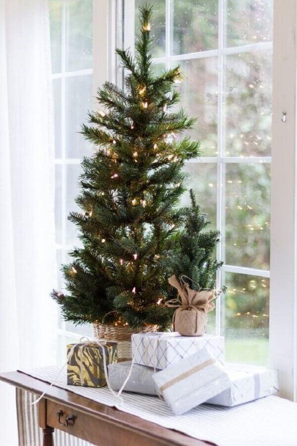 árvore de natal pequena com pisca pisca Foto Pinterest