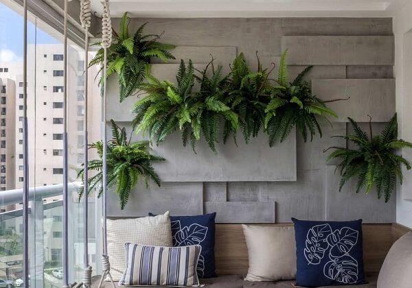 As samambaias são plantas que filtram o ar do ambiente e decoram o espaço
