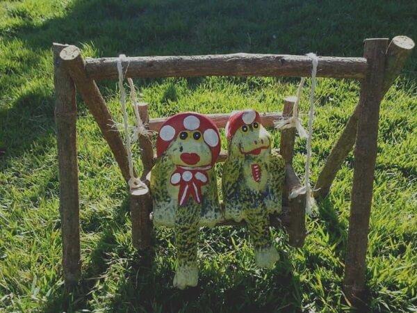 Os sapos quando utilizados como enfeites para jardim deixam o ambiente mais descontraído