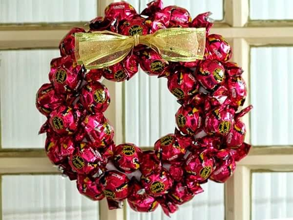 The garland is one of the most sought-after Christmas decorations of the season.