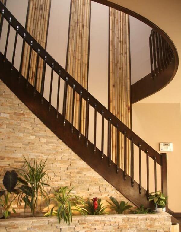 Decoração com bambu encanta os ocupantes do espaço