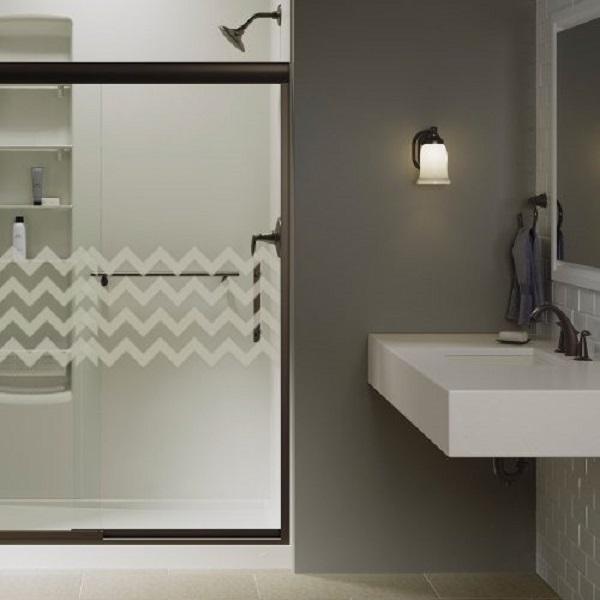 Box de banheiro com vidro jateado