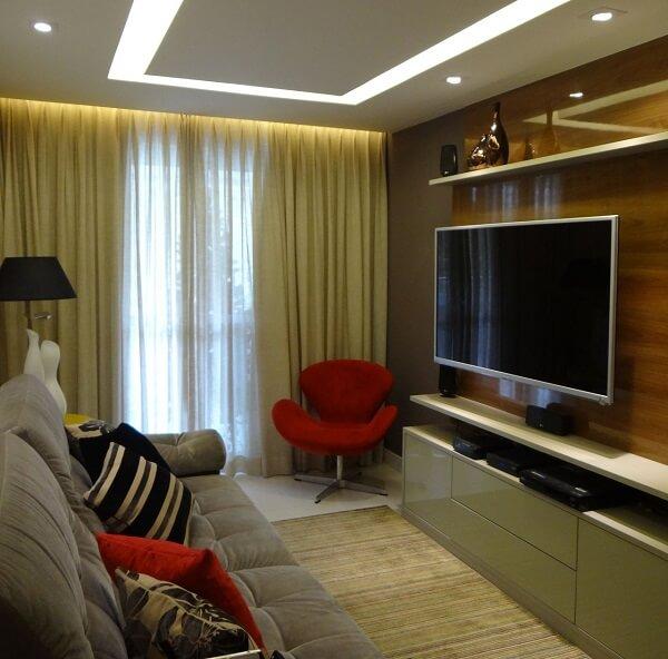 Invista em poltronas para sala de tv com tons chamativos