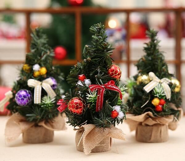 Mini Christmas trees to decorate your environment