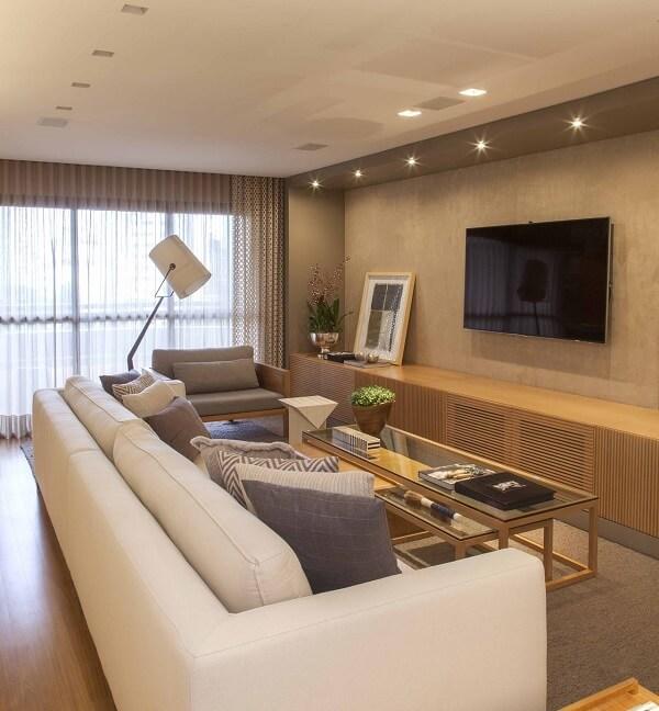 Poltronas para sala de tv e balcão de madeira