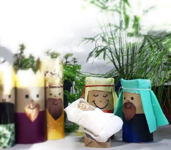 Reutilize rolinhos de papel higiênico para fazer os personagens
