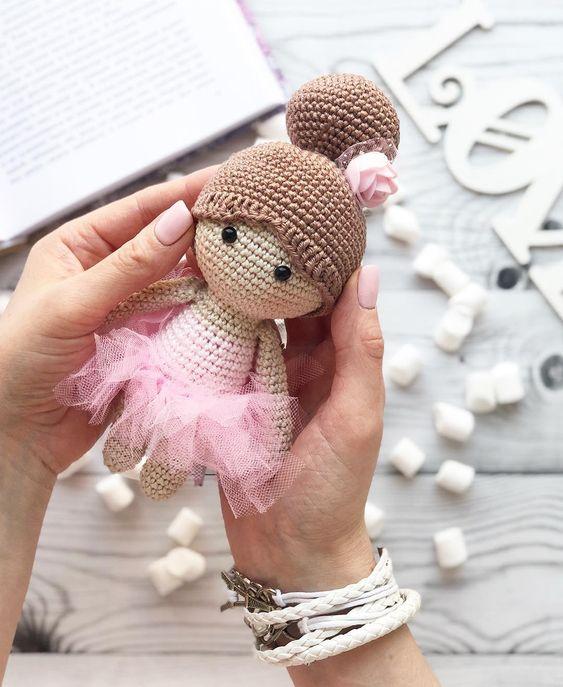 Bailarina amigurumi | Bailarina, Bonecas de crochê, Bonecas | 687x563