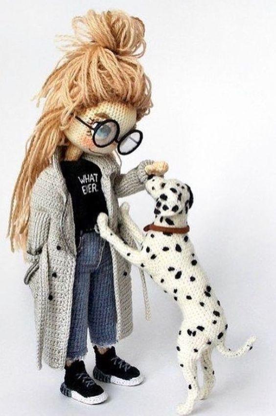 amigurumi - menina e cachorra de amigurumi