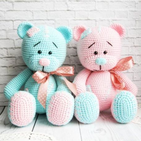 amigurumi - colorful amigurumi bears