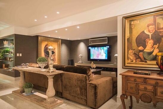 aparador de sofá - aparador clássico com colunas