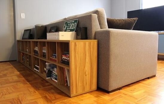 aparador de sofá - aparador de madeira para livros