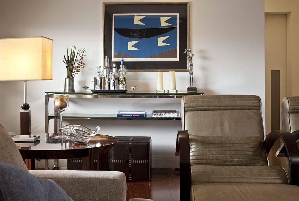 aparador de vidro - aparador com tampo de vidro e poltrona de couro