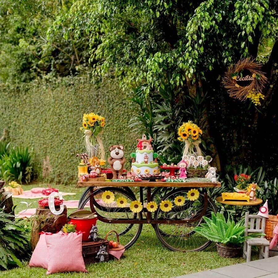 arranjo de girassóis para aniversário piquenique Foto La Fête Festas Afetivas
