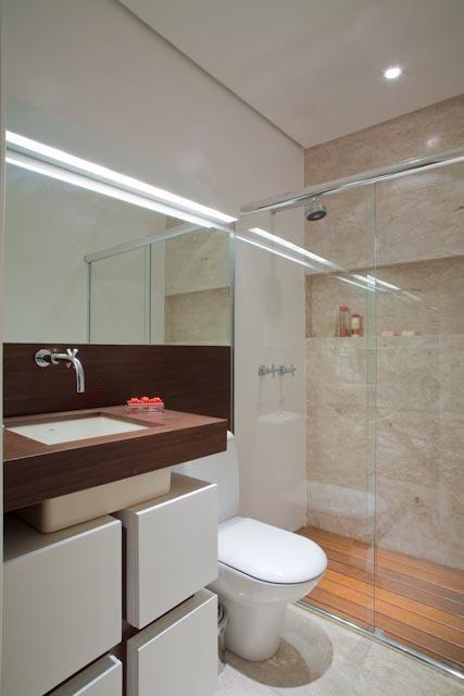 balcão para banheiro - lavabo com box de vidro