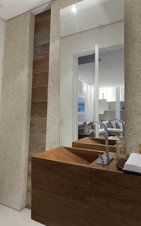 balcão para banheiro - lavabo com cuba talhada em madeira