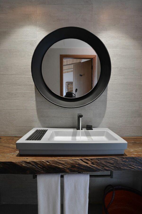 balcão para banheiro - lavabo com espelho redondo e cuba cinza