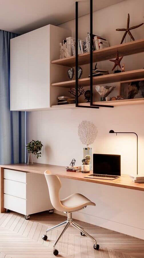bancada de estudos decorada com cadeira decorativa giratória Foto Casas Pré Fabricadas