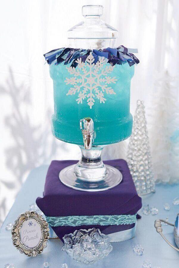 bebida azul para festa infantil da frozen Foto Assetproject