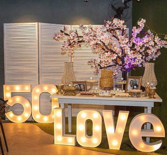 bodas de ouro - mesa de festa 50 love - Dicas de Mulher