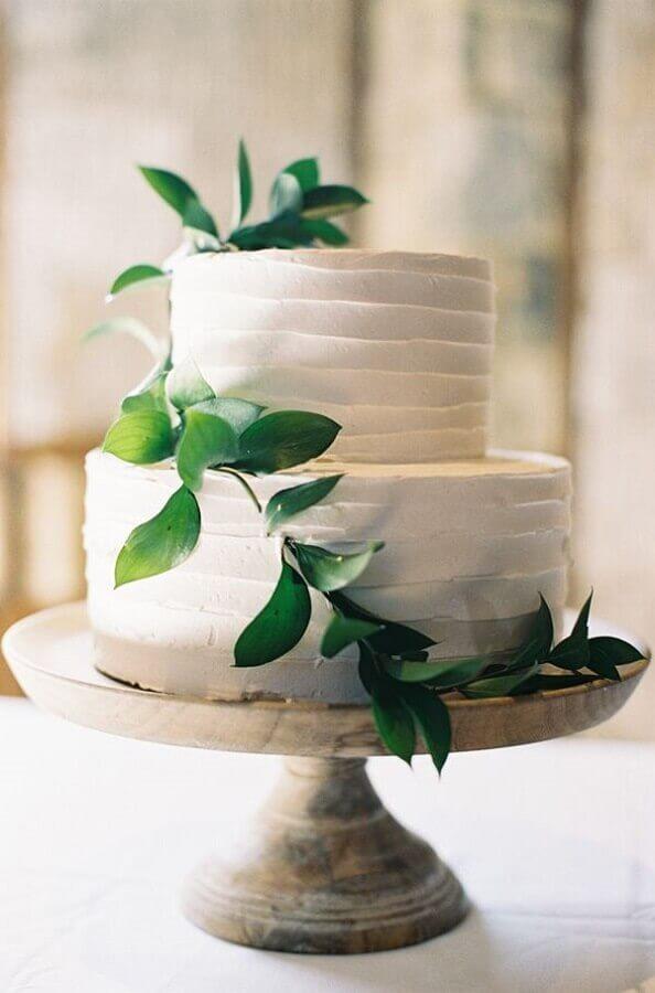 bolo de casamento simples decorado com folhagem Foto Wedding Dresses