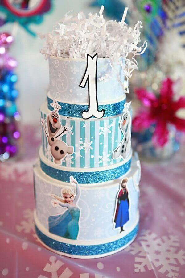 bolo fake para festa da frozen Foto 321achei