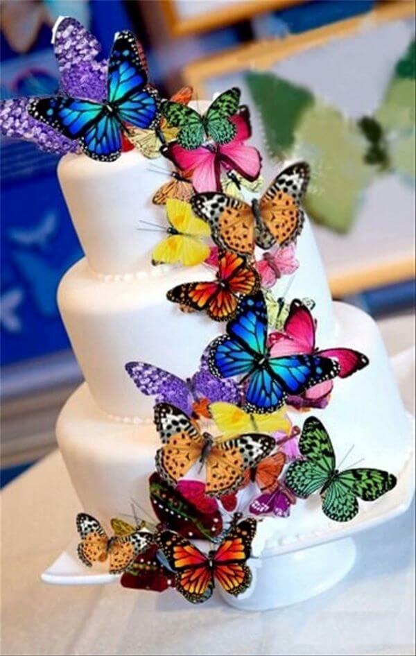 Borboletas de papel para decorar o bolo simples