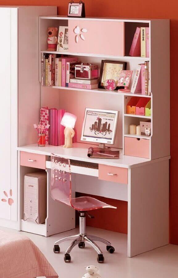 cadeira giratória rosa de acrílico Foto We Heart It