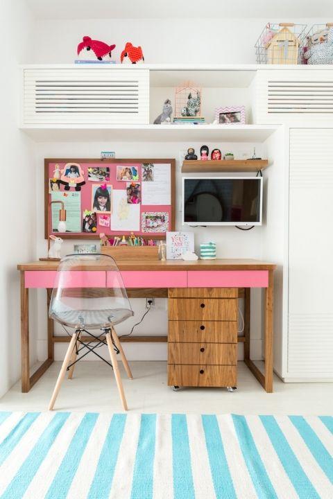 Cadeira moderna para quarto colorido