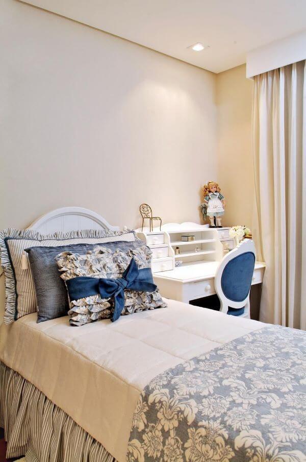 Cadeira para quarto azul