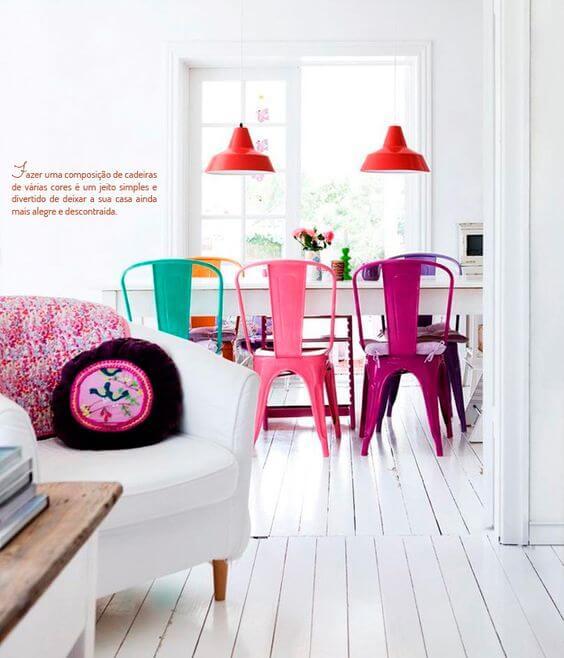 cadeiras coloridas para cozinha