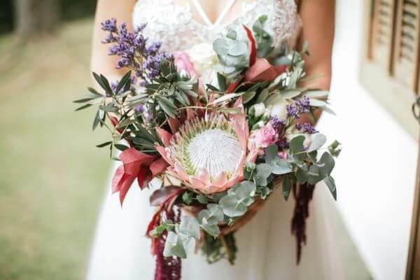Casamento boho intimista com flores para casamento