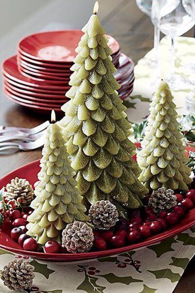Centro de mesa com árvores de natal