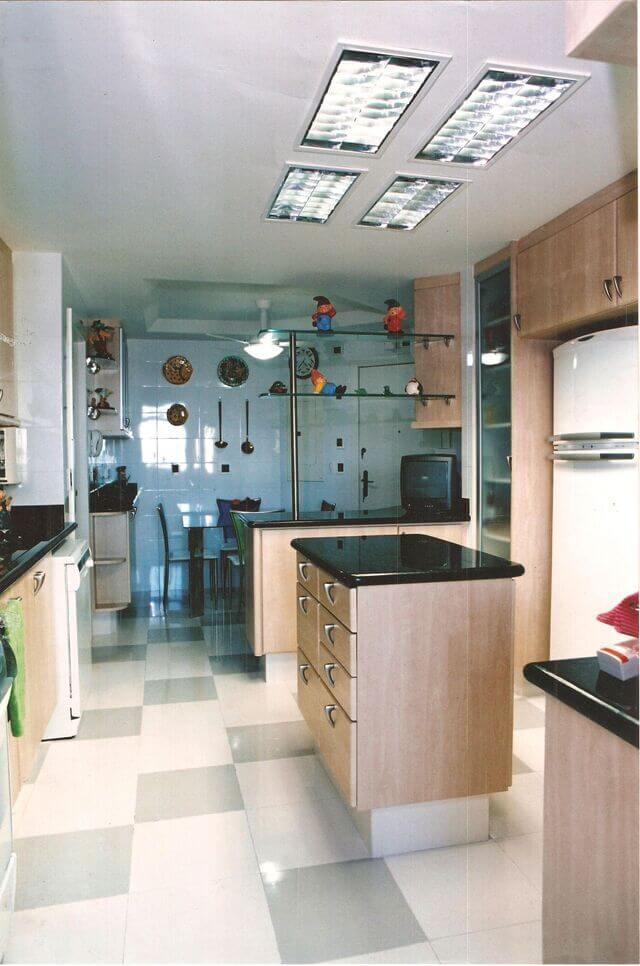 cerâmica para parede - azulejo branco em cozinha