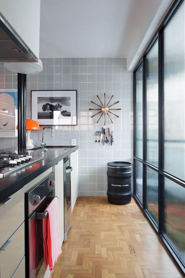 cerâmica para parede - cozinha com azulejo cinza