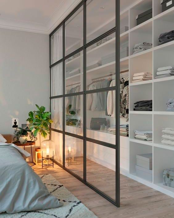 closet aberto - closet aberto com divisória de vidro