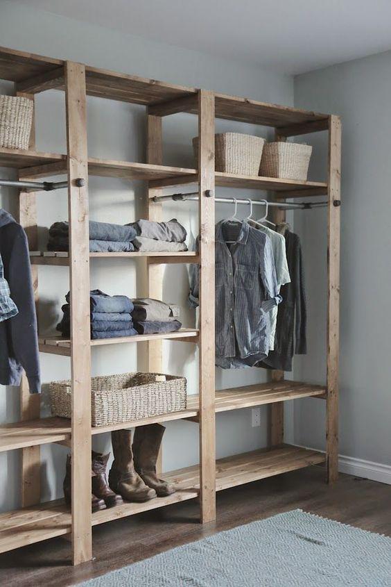 closet aberto - closet com ripas de madeira