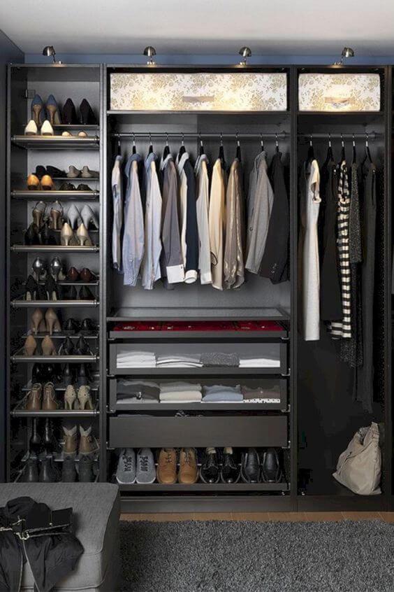 closet aberto - closet com roupas masculinas