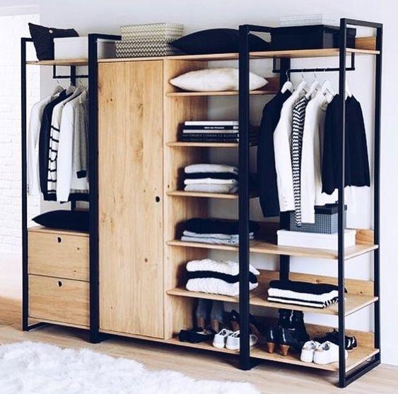 closet aberto - closet de madeira com porta simples