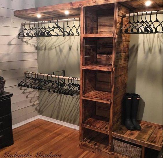 closet aberto - closet de madeira de demolição