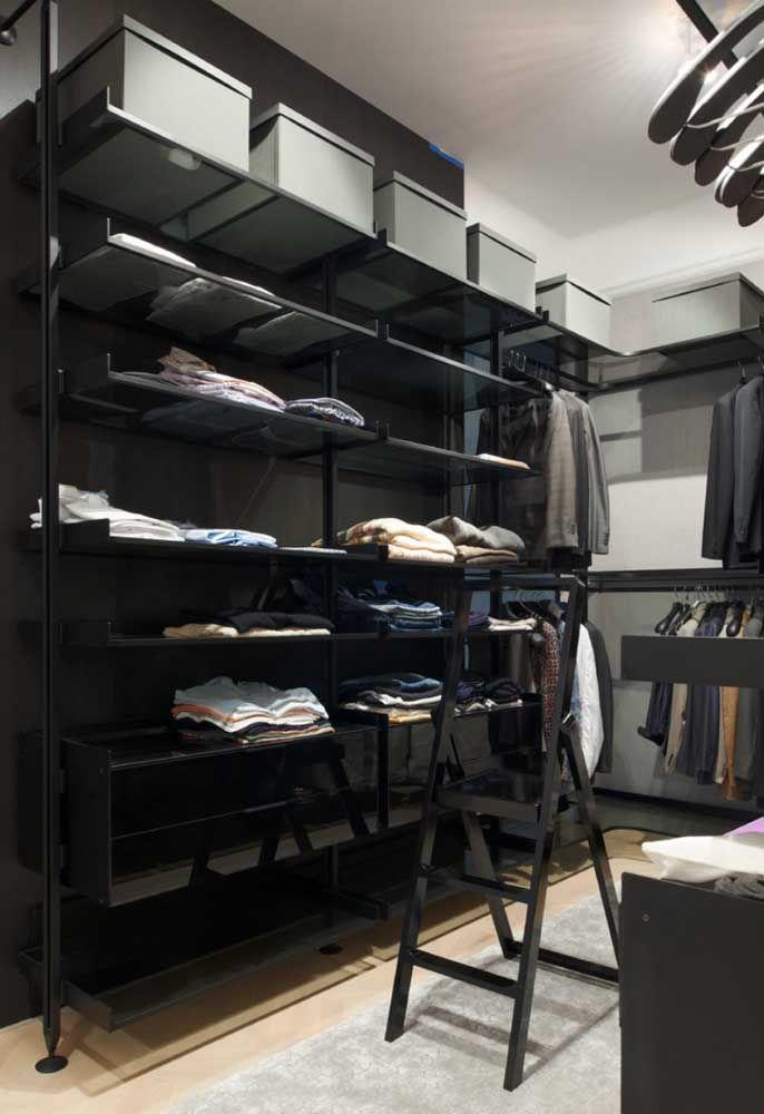 closet aberto - closet preto com muitas prateleiras
