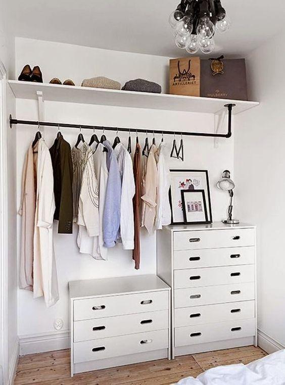 closet aberto - closet simples com cabideiro preto