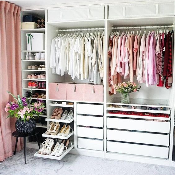 Closet feminino branco