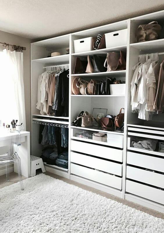 Closet feminino planejado