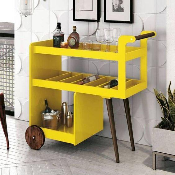 cor amarela - barzinho para sala amarela