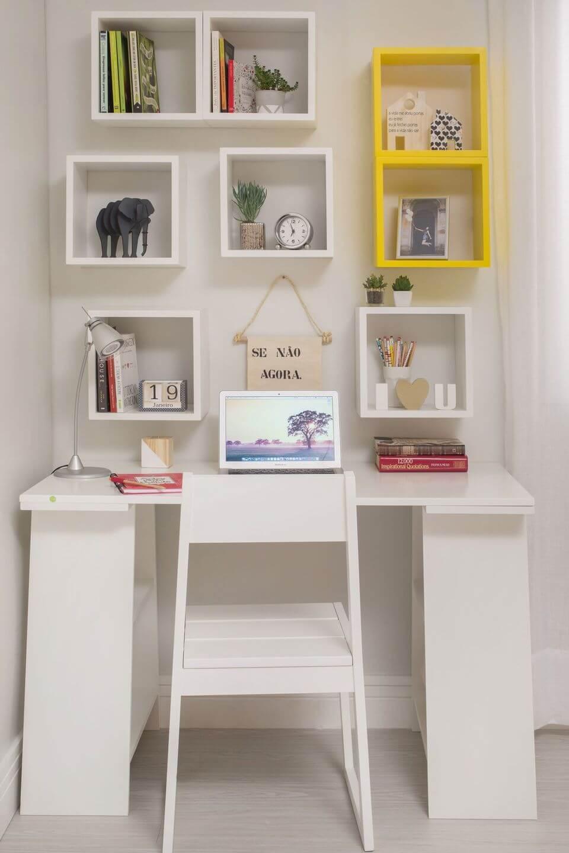 cor amarela - escritório com nichos branco e amarelo