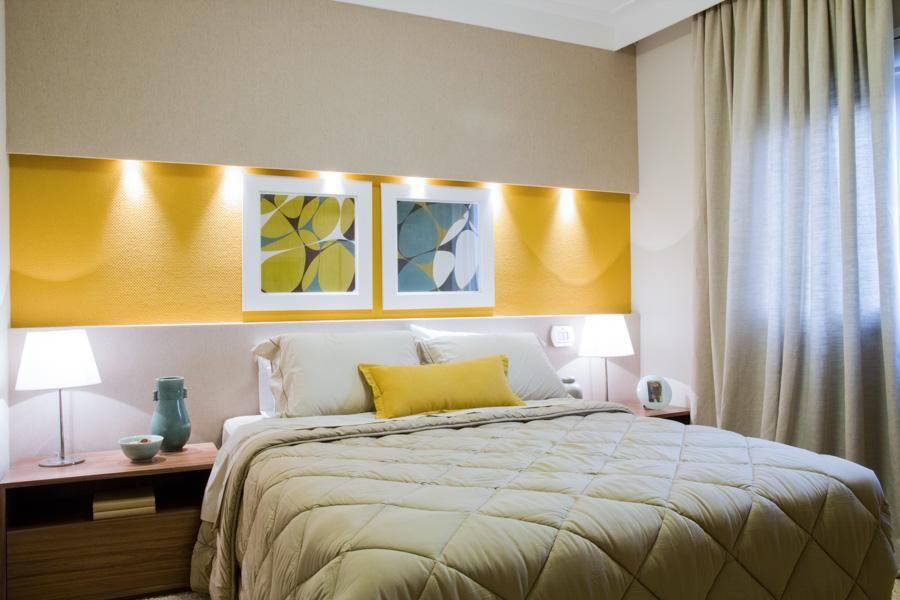 cor amarela - quarto de casal com textura amarela
