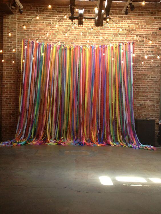 Cortina de papel crepom colorido