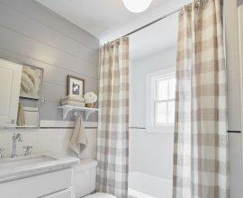 cortina para banheiro - cortina xadrez para baneiro - Você Precisa Decor