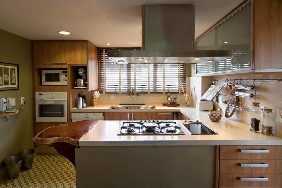 cozinha pequena planejada com bancada em U Foto Webcomunica